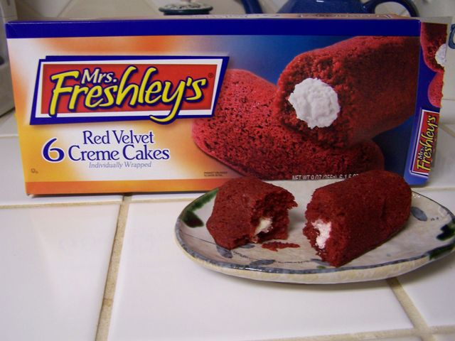 Mrs Freshley S Red Velvet Creme Cakes