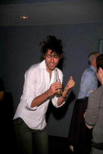 Nick_dancing